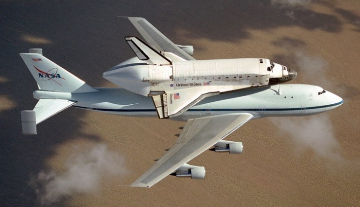 discovery: Spaces Shuttle Discovery, Natural Light, Discovery Atop, Atop 747, Inspiration Photo, Boeing 747, Amazing Aircraft, Planes, Spaces Exploring