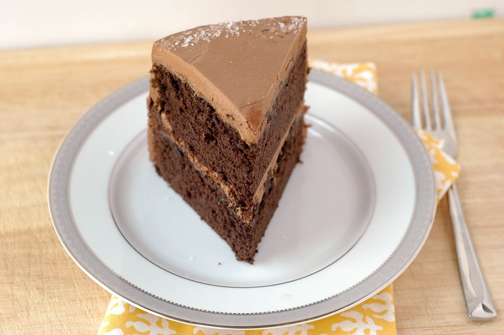 Good Thymes and Good Food: Sweet & Salty Chocolate Cake with Whipped Caramel-Chocolate Frosting: Good Food, Chocolates Cakes, Whipped Caramel Chocolates, Caramelchocol Frostings, Whipped Caramelchocol, Caramel Chocolates Frostings, Whipped Frostings, Chocolate Cakes, Salty Chocolates
