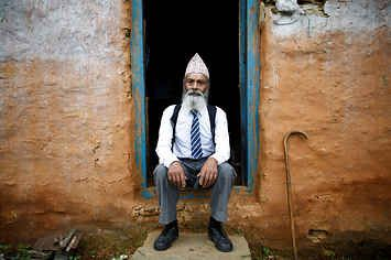 After His Wife Died, This 68-Year-Old Man Went Back To School