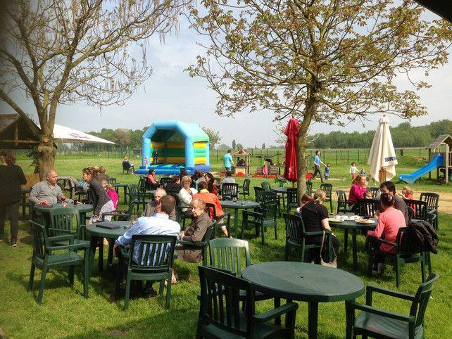 20 restaurants met superspeeltuin | Goesting | De Morgen