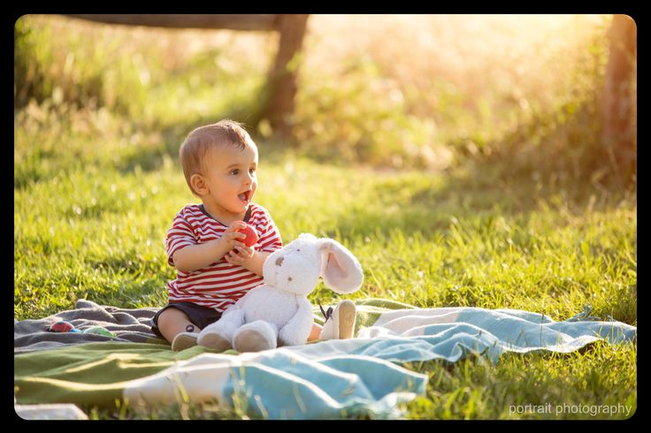 A sunny day in the park #baby #sunnyday #park #rabbit #babyphotography #babyphotoshooting #outdoorpictures