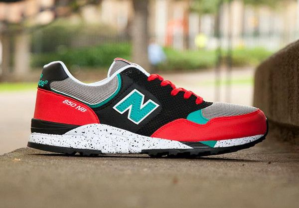 New Balance 850 - Red & Turquoise