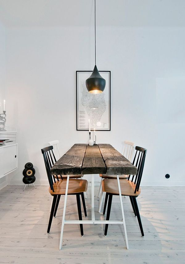 Wood dinning room in white and black details! noneed2buy.com for online decorating with your own furniture.