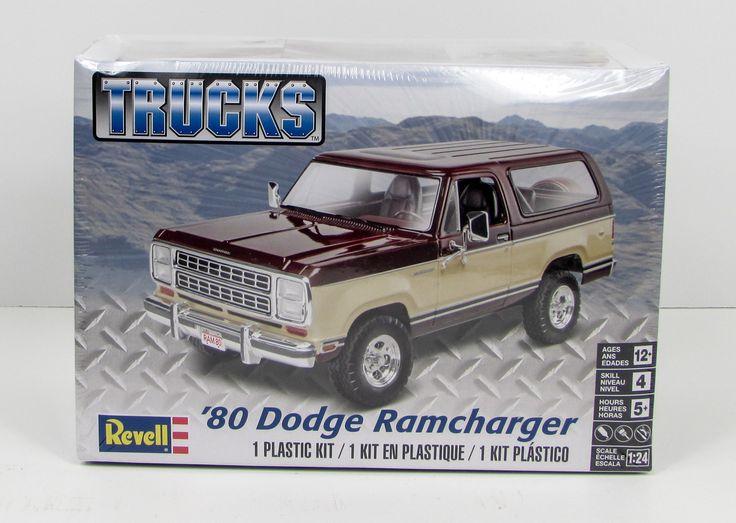Revell Monogram 85-4372 1980 Dodge Ramcharger Truck Model Kit 1/24