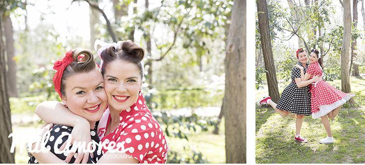 Bonitas fotos novia con amiga estilo pin-ups despedida de soltera en El Retiro Madrid