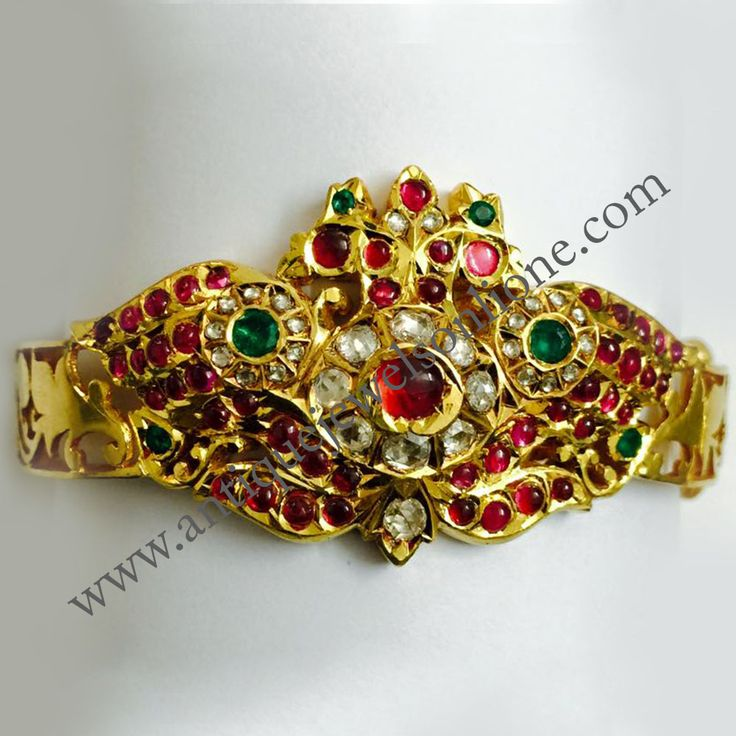 Kandapiranda Kada with excellent quality Ruby, Diamond and emerald, very good workmanship, side cut work,  WEIGHT : 37.82 grams  916 Gold