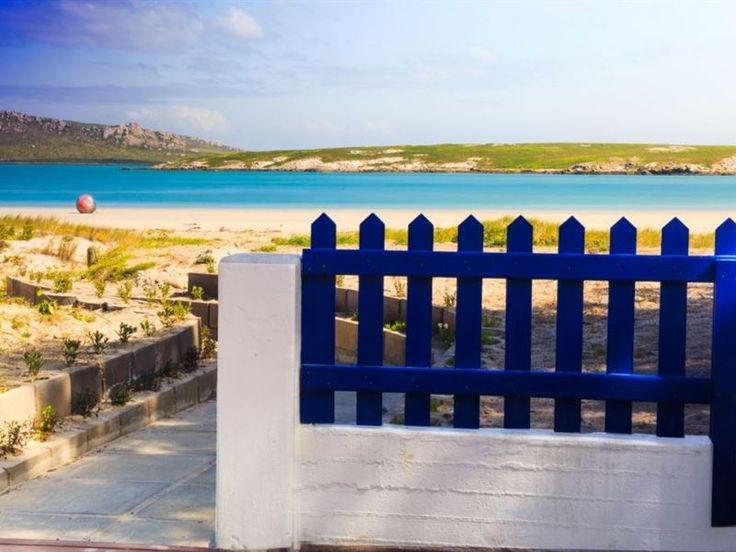 Slaley Beach Cottage - Langebaan - Slaley Beach Cottage is set in the lovely coastal town, Langebaan. It is only an hour and a half from Cape Town and 30 minutes from Vredenburg.This cottage can accommodate up to 10 guests. There are three ... #weekendgetaways #langebaan #westcoast #southafrica