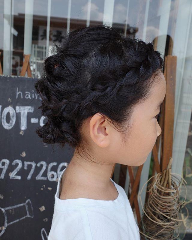 New The 10 Best Hairstyle Ideas Today With Pictures 夏休みに入りhotampでも元気なkidsが 来てくれています 元気いっぱいパワーいただいてます ピアノの発表会があるということで Arrange Hair Styles Beauty Hair