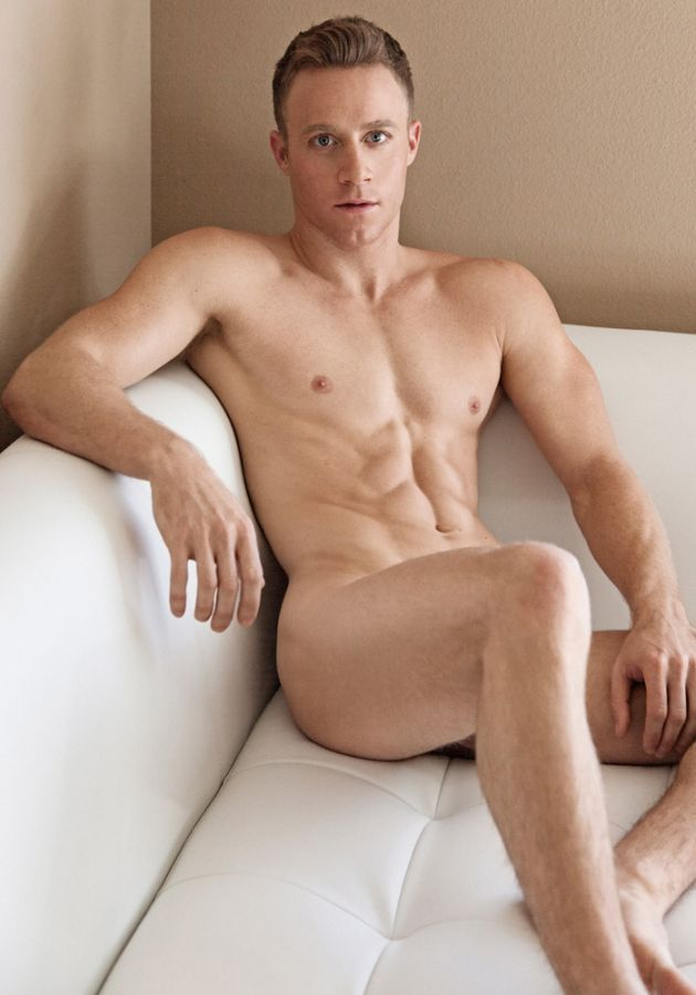 Videos of nude male models