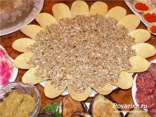 Слоеный салат «Подсолнух» - рецепт
