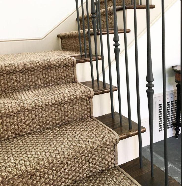 Best Beautiful Stair Runner Design Ideas 190 Home Decor 400 x 300