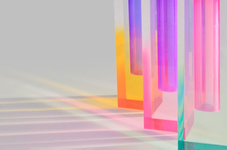<p>Design studio Hattern is a trio from Seoul creating two-tone acrylic vases inspired by Impressionism. The aim is to elicit same effect of a changing light as the Monet or Renoir did, so Hattern pro