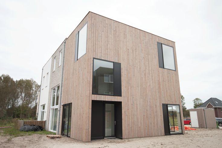 Schuifpoort modern house