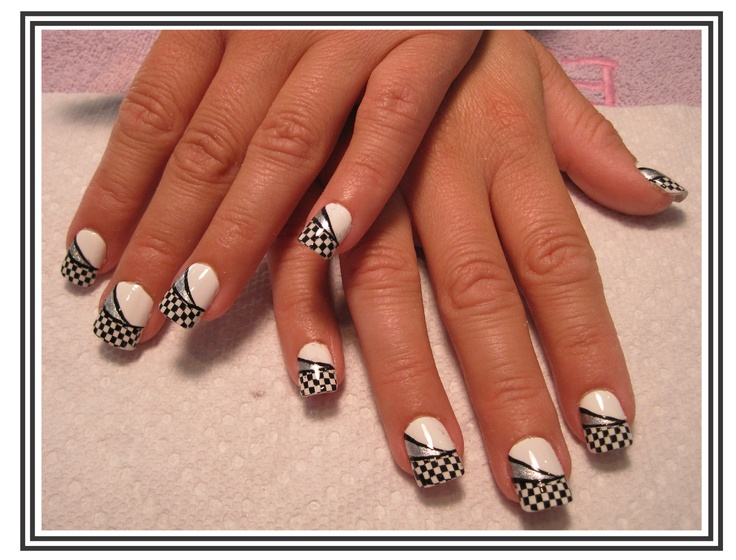 Checkered Flag Race Day Nails.