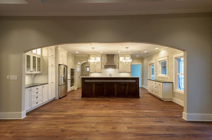 Kitchen Cabinets Perimeter Is Homecrest Sedona Maple