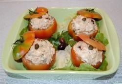 » Pomodori ripieni di tonno - Ricetta Pomodori ripieni di tonno di Misya