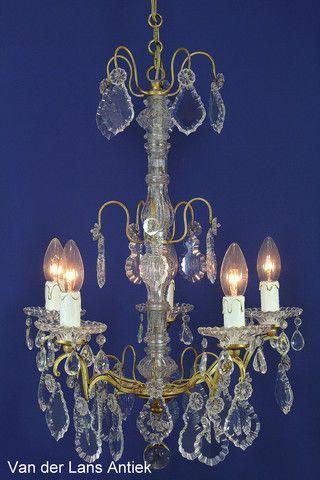 Antieke kroonluchter 21377 bij Van der Lans Antiek. Bekijk al onze kristallen kroonluchters en lusters op www.lansantiek.com
