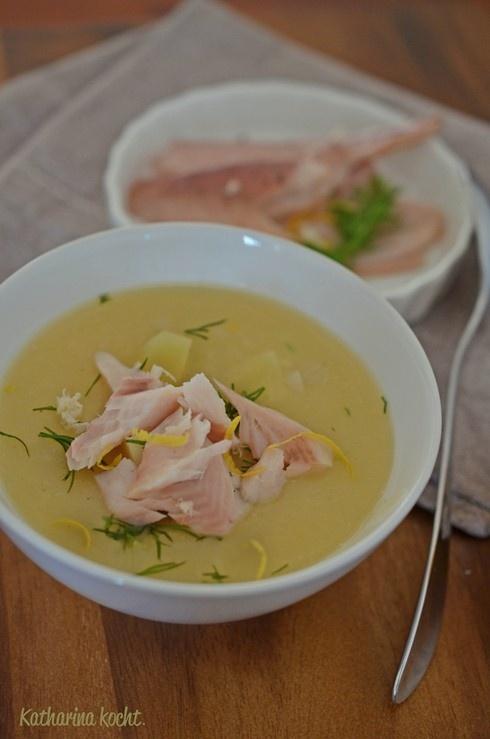 Kartoffel-Meerrettich-Suppe mit geräucherter Forelle