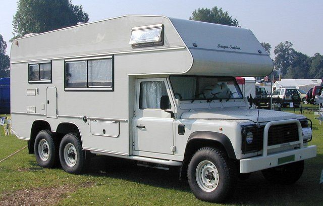 Land Rover Camping | The Cruise Crosser vu de l'arrière, que ne ferait pas oto6 pour vous ...