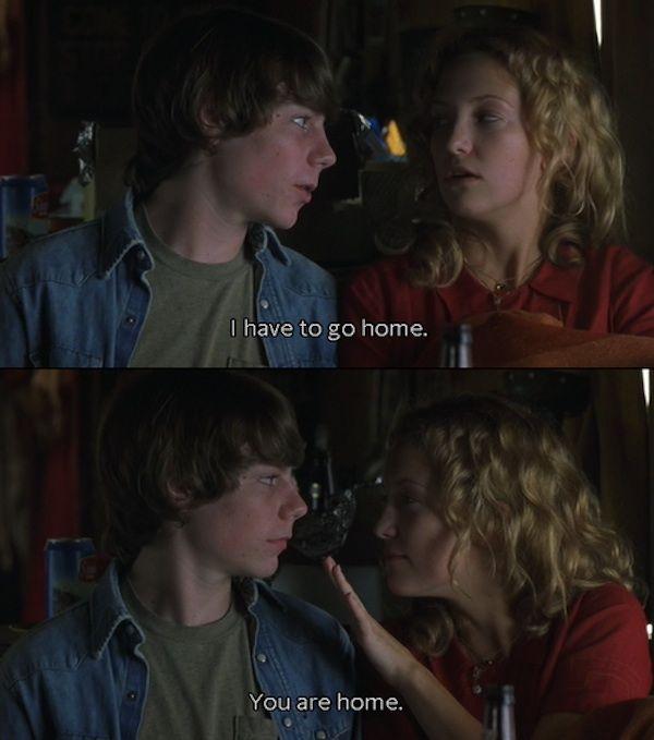 """""""- Tengo que ir a casa - Ya estas en casa""""  - Cameron Crowe - Escena de lapelícula""""Almost Famous"""" - http://youtu.be/7Qn3tel9FWU"""