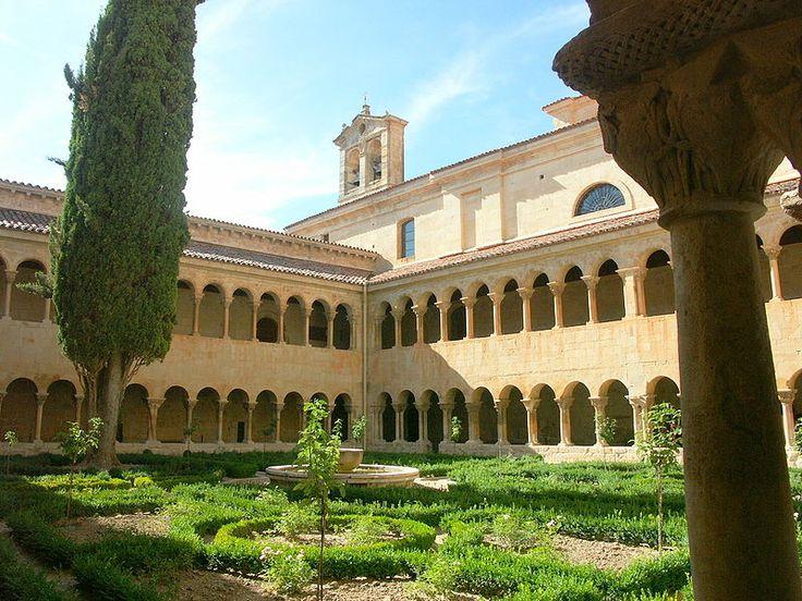 Claustro del Monasterio de Santo Domingo de Silos- en Burgos