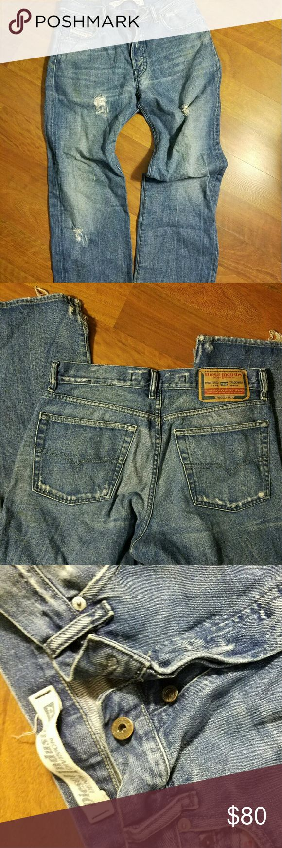 DIESEL Destroyed BUTTON FLY Jeans SIZE 33 SWEET PAIR OF JEANS! MADE IN ITALY - DIESEL BRAND SIZE 33 DESTROYED STYLE WITH BUTTON FLY Diesel Jeans Relaxed
