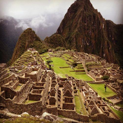 on my bucket list....machu picchu: Visit Machu, Favorite Places, Lists Machu Picchu, Buckets Lists Machu, Mayan Ruins, Buckets Listmachu, Machu Pichu, Machu Piccu, Listmachu Picchu