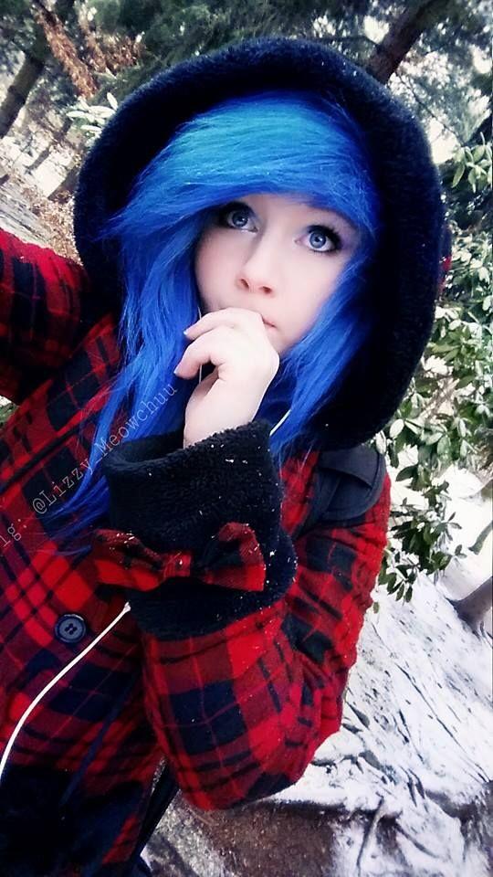 эмо девушки с синими волосами фото - 8