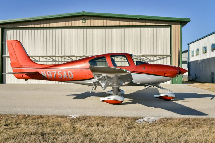 2017 Cirrus SR22 for sale in Waukesha, WI United States => www.AirplaneMart.com/aircraft-for-sale/Single-Engine-Piston/2017-Cirrus-SR22/15160/