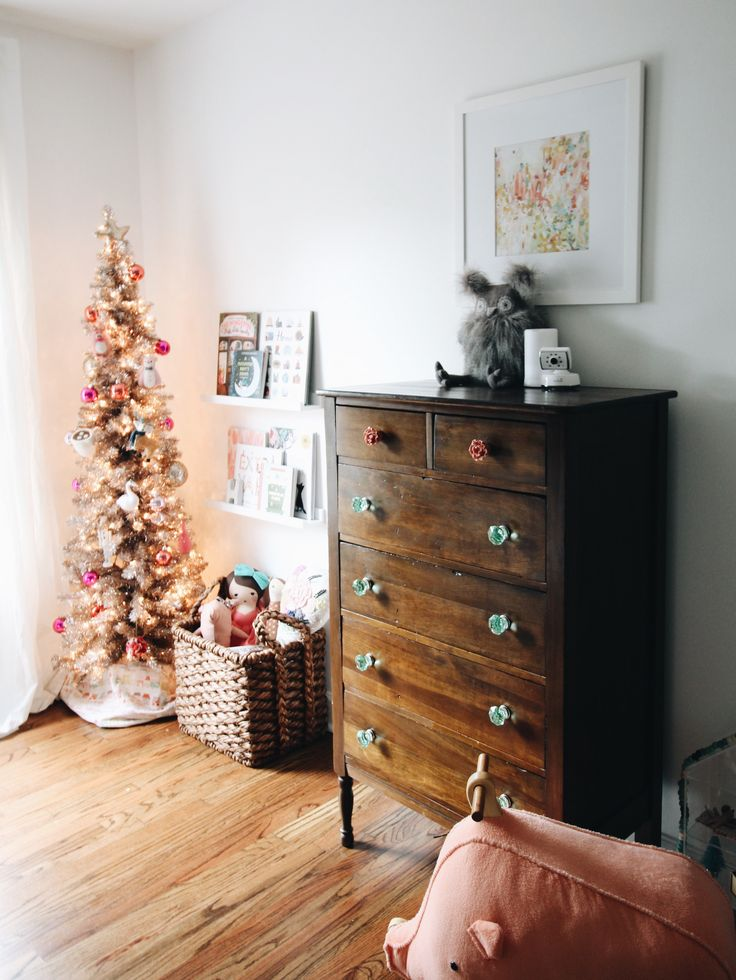 Christmas in the Girls Room – GarvinAndCo.com