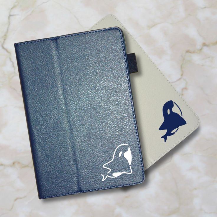 【送料無料】【名入れ対応】今、人気のオシャレな手帳型レザータイプ。 。iPadケース (オルカ) 手帳型 オリジナル 送料無料 鯱 シャチ しゃち  水族館シリーズ 動物 アニマル ホワイト ネイビー iPad Air Air2 mini mini2 mini3 mini4