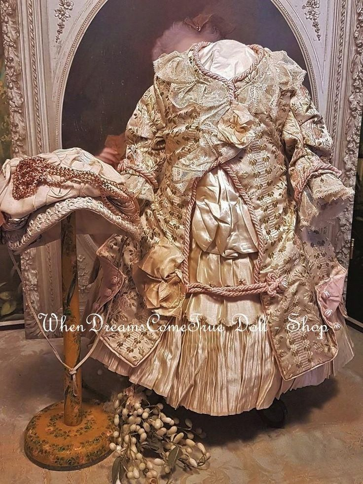 Special beautiful elegant French silk outfit for your French or German Doll about around 23 ( 58 cm ) , one of a kind dress of rare light green and