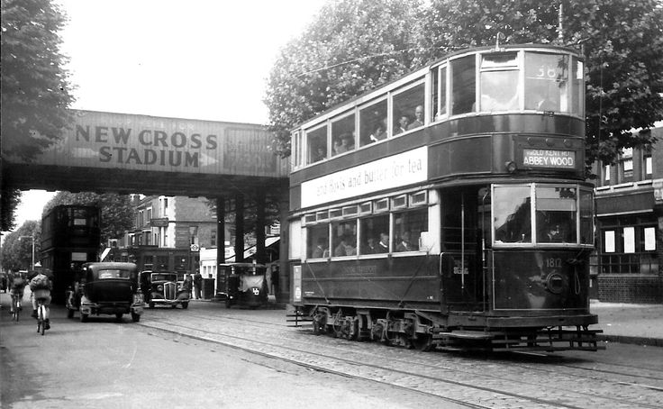 Trams on the Old Kent Road (near New Cross, SE London) after WW2