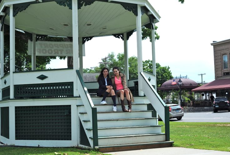 The perfect Gilmore girls road trip!