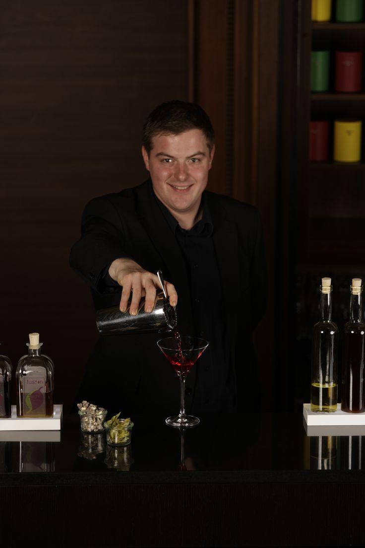 Pouring a Tea Cocktail