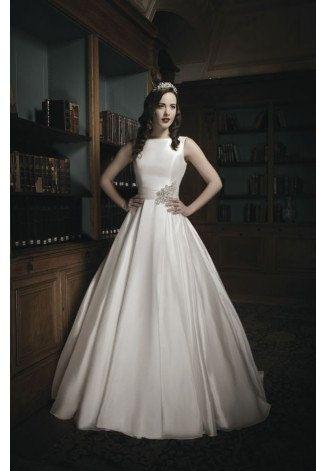 https://flic.kr/p/BfHU7o | Trouwjurken | Trouwjurken vintage, Moderne Trouwjurken, Korte trouwjurken, Avondjurken, Wedding Dress, Wedding Dresses | www.popo-shoes.nl