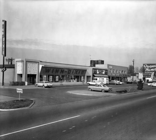 Iroquois Manor Shopping Center 5330 S. 3rd Steet, Louisville, Ky., built in 1951, shown 1964 :: Royal Photo Company Collection