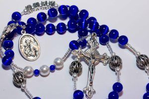 Prayers of Love, the Holy Rosary: http://ellengable.wordpress.com/2014/10/06/prayers-of-love-the-holy-rosary/