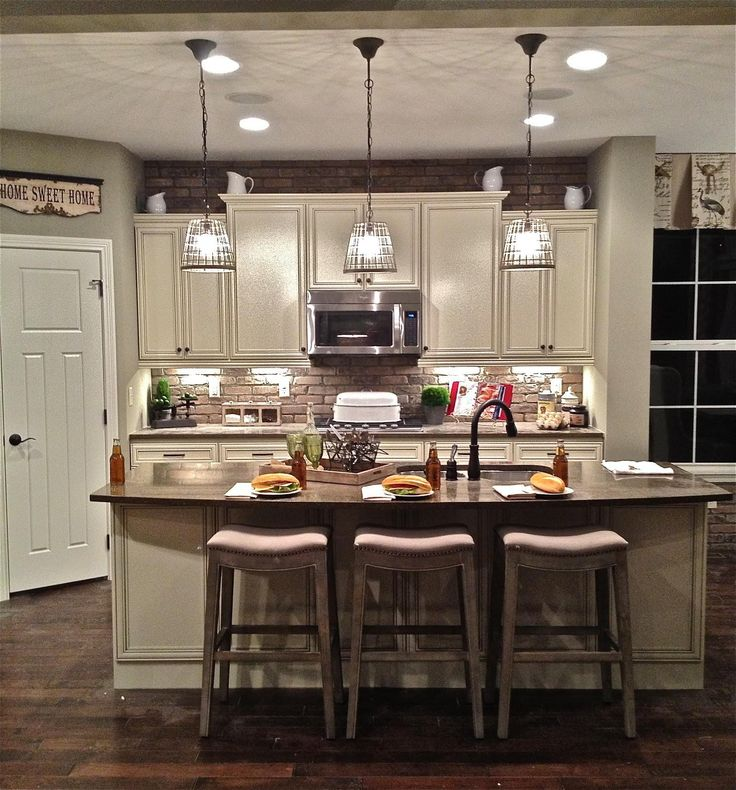 25 Best Ideas About Kitchen Ceiling Lights On Pinterest: Best 25+ Small Kitchen Lighting Ideas On Pinterest