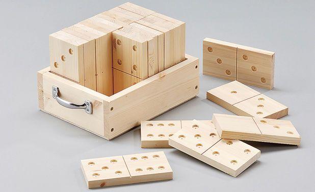 9 besten holzspiele bilder auf pinterest holzspielzeug spielzeug und holzarbeiten. Black Bedroom Furniture Sets. Home Design Ideas