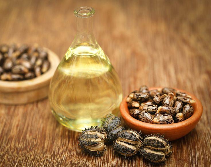 Dieses Wundermittel hilft nicht nur gegen Falten, sondern sorgt auch für schöne Haare, Wimpern und Augenbrauen. #Rizinusöl #AntiFaltenPflege #Wimpernserum