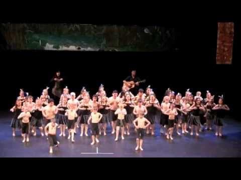 Our Roopu's last performance of 2011 - the Pae Tamariki Festival.