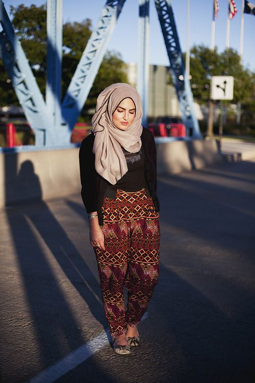 Marwa By: Langston Hues Toledo, Ohio U.S.A. #modeststreetfashion