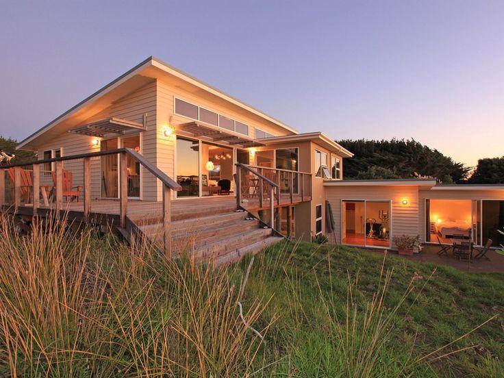 David Reid Homes 2010 Silver Award Winning Renovation | Exterior Linea Weatherboard