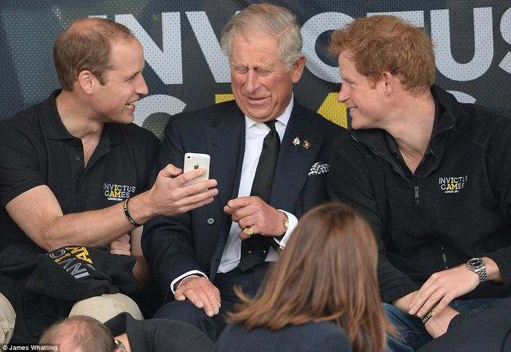The 10 Most Hilarious Pictures Of The Royal Family • BoredBug