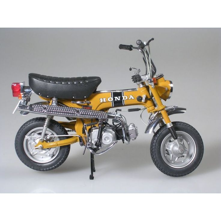 honda dax used to drive a baby looking just like that around town miss my old dax my life. Black Bedroom Furniture Sets. Home Design Ideas