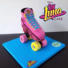 Roller Skate Cake  Torta Patin  Soy Luna ✨ #Soyluna #rollerskate #tortapatin #tortasmedellin #tortaspersonalizadas #tortastematicas #cupcakes #cupacakesmedellin #tortasdecoradas #cupcakes #tortasfrias #tortasfondant #tortasartisticas #tortasporencargo #reposteria #medellin #envigado #colombia #antioquia #tortasenvigado #tortasdeboda #weddingcake #matrimonio  @soyluna_la @karolsevillaofc @michaelronda @agusbernasconi07 @valentinazenere @katumartinez @malenaratner @chiara_parravicini @lionel