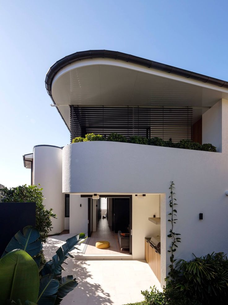 Tamarama Home by Porebski Architects | est living