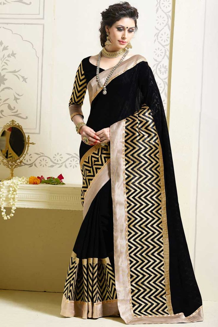 #AndaazFashion Présente Noir art sari de soie avec chemisier  http://www.andaazfashion.fr/womens/sarees/black-art-silk-saree-with-blouse-dmv8556.html