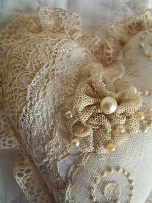 Keepsake lace heart.  http://villaextra.blogspot.com/ I love her blog